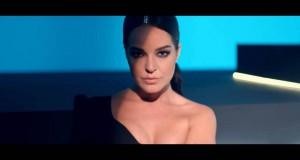 Bengü – Feveran Dinle – Video Dinle