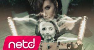Harun Kolçak feat. İrem Derici – Gir Kanıma Dinle – Video Dinle