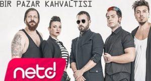 Emre Aydın feat. Model – Bir Pazar Kahvaltısı Dinle – Video Dinle
