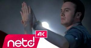 Mustafa Ceceli – Islak İmza Dinle – Video Dinle
