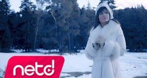 Sibel Can – Kış Masalı Dinle – Video Dinle