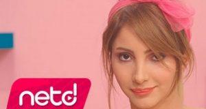 Aleyna Dalveren – Karabiberim Dinle – Video Dinle