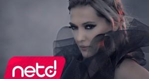 Demet Akalın – Damga Damga Dinle – Video Dinle