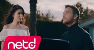 Sinan Akçıl feat. Ferah Zeydan – İyi Değilim Dinle – Video Dinle