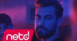 Doğuş Çabakçor feat. Ümit Besen – Yokluğunda Dinle – Video Dinle