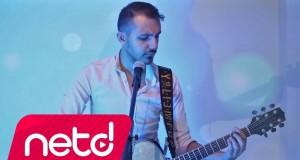 Ahmet Kara – Yelkovan Dinle – Video Dinle