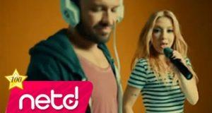 Ozan Doğulu feat. Ece Seçkin – Hoşuna mı Gidiyor Dinle – Video Dinle