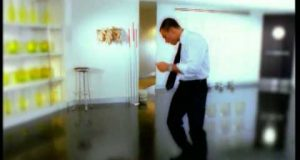 Mustafa Sandal – Aya Benzer Dinle – Video Dinle