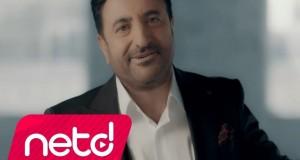 Yaşar Kanaş – İnsan Kalmamış Dinle – Video Dinle