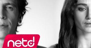 Ersay Üner – İki Aşık Dinle – Video Dinle